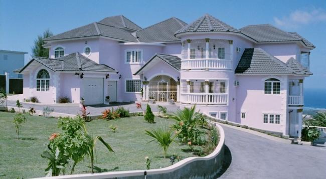 Ocean View Villa - 몬테고베이 - 건물
