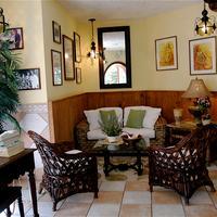El Greco Hotel Lobby Sitting Area