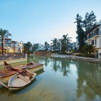 Hotel Portaventura - Theme Park Tickets Included Lake