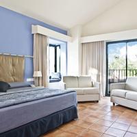 Hotel Portaventura - Theme Park Tickets Included Guestroom