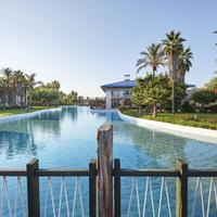 Portaventura Hotel Caribe - Theme Park Tickets Included Property Grounds