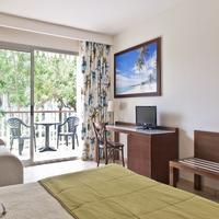 Portaventura Hotel Caribe - Theme Park Tickets Included Guestroom