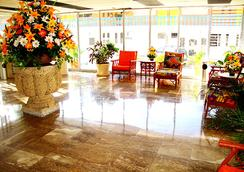 샌즈 아카풀코 호텔 앤드 방갈로 - 아카풀코 - 로비