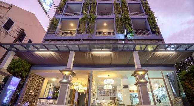 시노 인 호텔 - 푸켓 - 건물