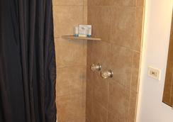 카우아이 팜스 호텔 - 리후에 - 욕실