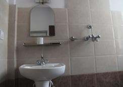 호텔 드림 시티 - 카트만두 - 욕실