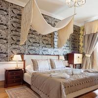 Bonerowski Palace Guestroom