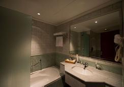 이그제큐티브 호텔 - 올라야 - 리야드 - 욕실