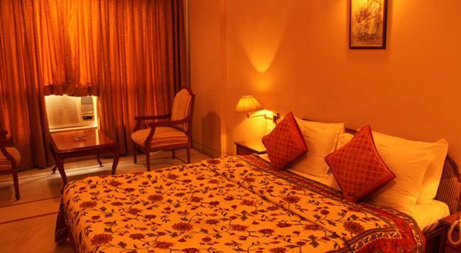 Kailash Parbat - Lonavala - 침실