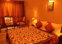 Kailash Parbat - 로나발라 - 침실