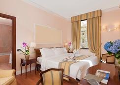 암바치아토리 팰리스 호텔 - 로마 - 침실
