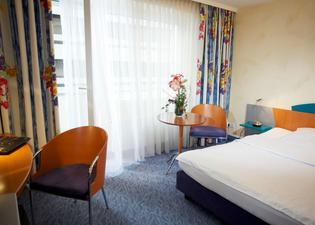 호텔 코에니그쇼프 암 펀크텀