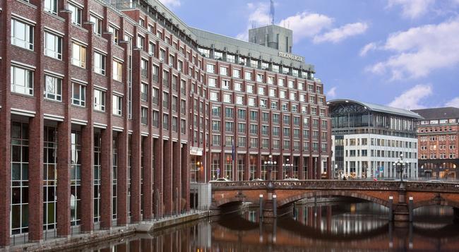 Steigenberger Hotel Hamburg - 함부르크 - 건물