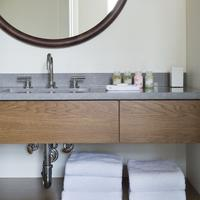 Roost Midtown Bathroom