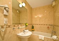 라파엘로 호텔 - 프라하 - 욕실