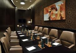 더 어드레스, 두바이 몰 호텔 - 두바이 - 라운지