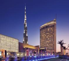 더 어드레스, 두바이 몰 호텔
