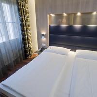 호텔 알렉산더 Doppelzimmer