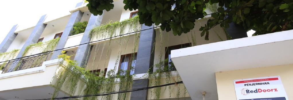 RedDoorz @ Penjernihan - 자카르타 - 건물
