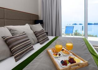 호텔 아리스톤