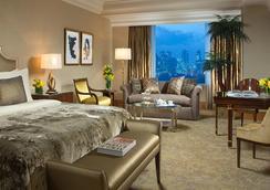 더 스위트 앳 호텔 물리아 세나얀 - 자카르타 - 침실