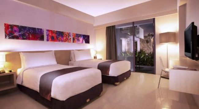 베리 호텔 - 쿠타 - 침실