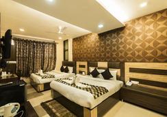 Hotel Puri Palace Amritsar - 암리차르 - 침실