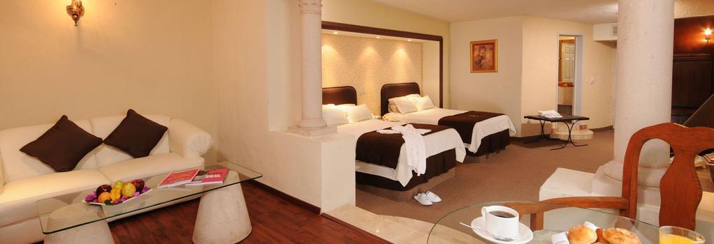 Hotel Spa Hacienda Baruk - 사카테카스 - 침실