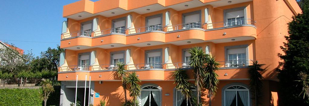 Hotel Ancora - 산신소 - 건물