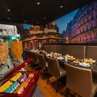 미드나이트 호텔 파리 Dining