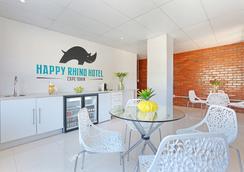 Happy Rhino Hotel - 케이프타운 - 라운지