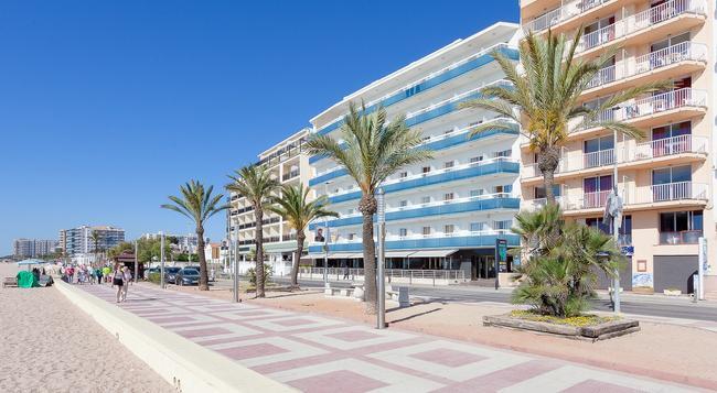 Hotel Pimar & Spa - 블랑스 - 건물