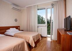 Pesochnaya Bukhta Hotel - Sevastopol - 침실