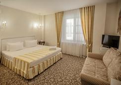 Villa Marina Hotel - 크라스노다르 - 침실