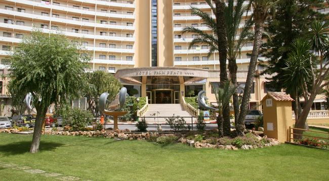 Palm Beach Hotel - 베니도름 - 건물