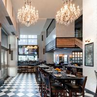 강스부트 미트패킹 The Chester - American Eatery