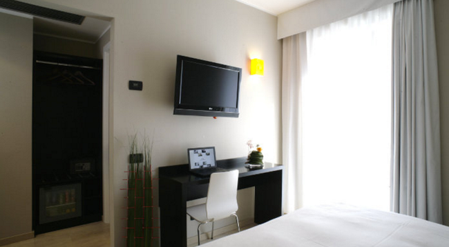 호텔 아니에네 - 로마 - 침실