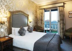 Fitzpatrick Castle Hotel - 더블린 - 침실