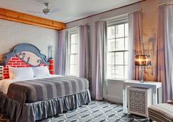 Suites at Club La Pension New Orleans - 뉴올리언스 - 침실