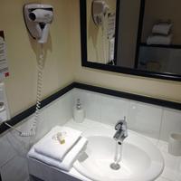 Hotel de France Bathroom