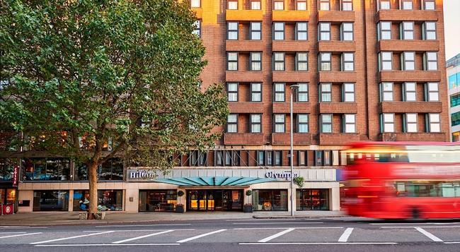 힐튼 런던 올림피아 호텔 - 런던 - 건물
