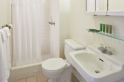 퍼시픽 마리나 인 에어포트 호텔 - 호놀룰루 - 욕실
