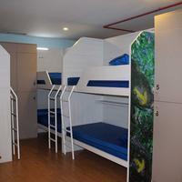 Albergue Compostela Guestroom