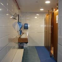 Albergue Compostela Bathroom