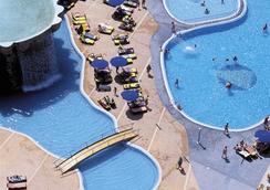 그랜 호텔 발리 - 베니도름 - 수영장