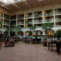 Embassy Suites by Hilton San Luis Obispo Lobby