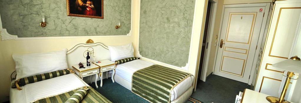 퀸스 아스토리아 디자인 호텔 - 베오그라드 - 침실