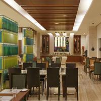 레몬 트리 프리미어 - 울수르 레이크 - 벵갈루루 Dining