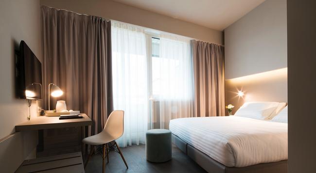 호텔 글랜스 인 피렌체 - 피렌체 - 침실