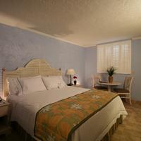 페어필드 인 & 스위트 바이 메리어트 키웨스트 King Bedroom